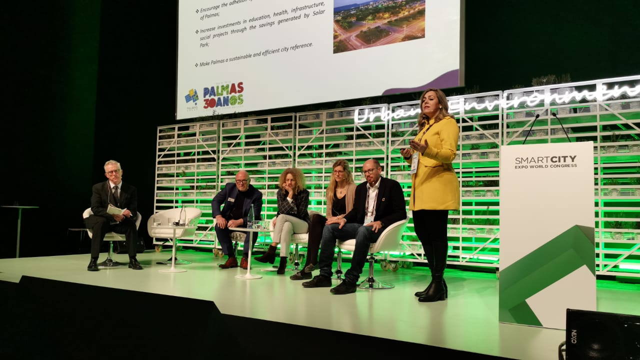 imagePrefeita Cinthia apresenta panorama do programa Palmas Solar no Smart City World Congress em Barcelona