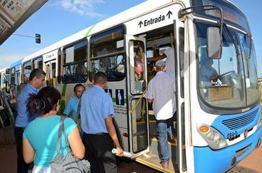 Prefeitura define horários especiais de ônibus para público do Festival Gastronômico